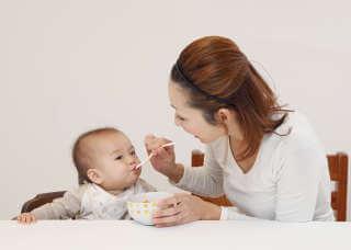 離乳食いつから(4)