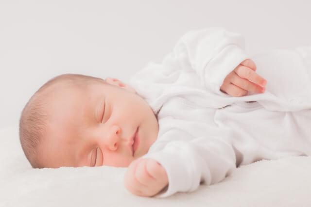 生後3か月睡眠時間(1)