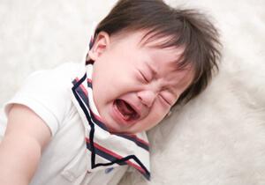 生後4ヶ月泣き止まない(2)